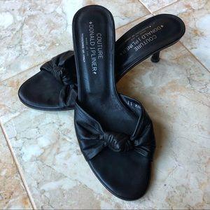 Donald J. Pliner black leather top knot sandals
